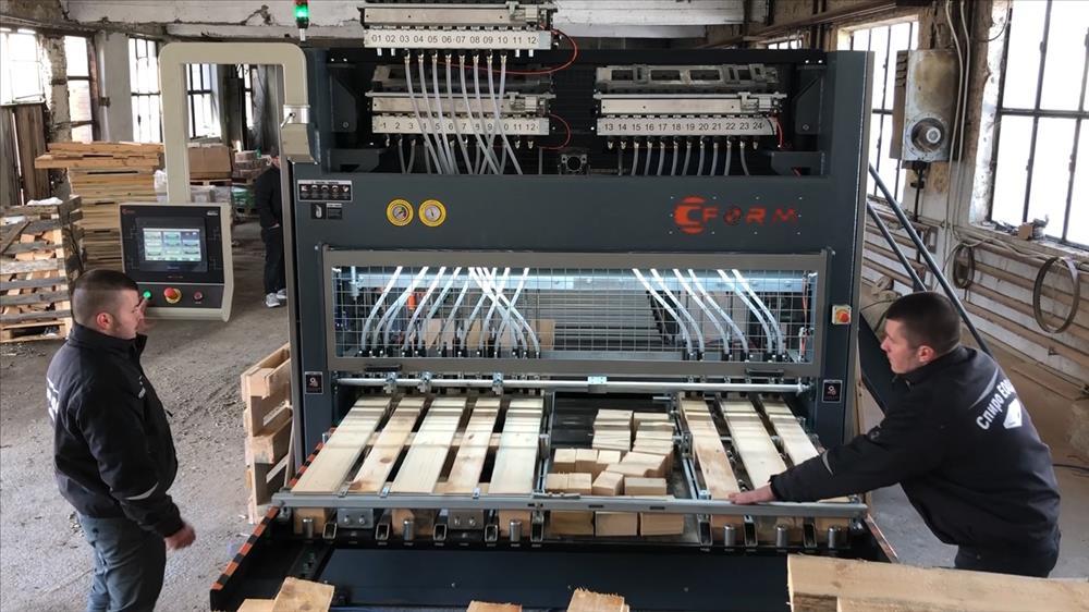 Palet Çakım Makinası
